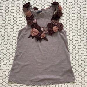 EUC mauve floral tank top with rosettes